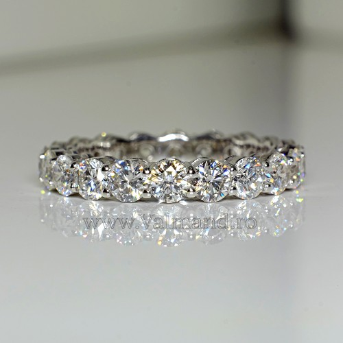 Tiffany design eternity ring from Gold with Diamonds i704Didi