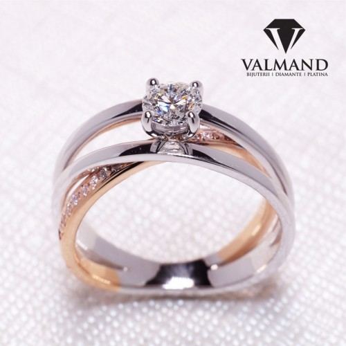Gold or Platinum engagement ring with Diamonds i1144didi