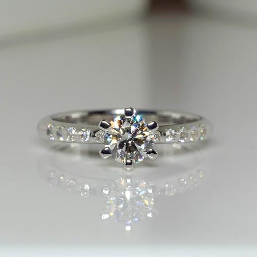 Tiffany model Platinum engagement ring with Diamonds p1681didi