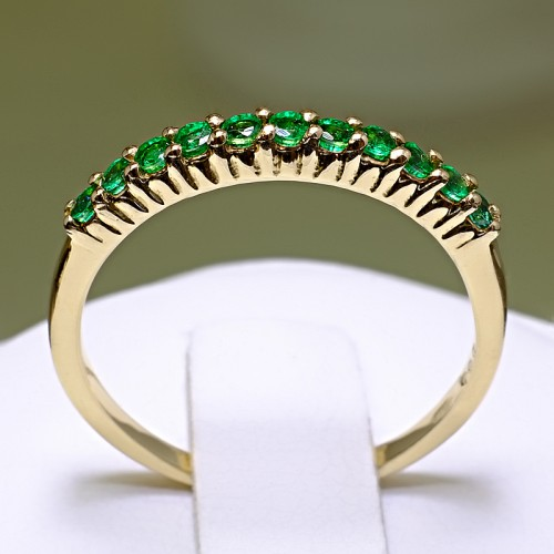 Anniversary ring from Gold with Emeralds 018Sm