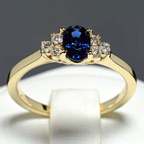 Gold ring with Sapphire and Diamonds 71604SfODi