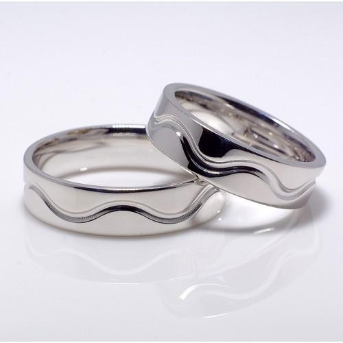 Gold or Platinum wedding bands v007