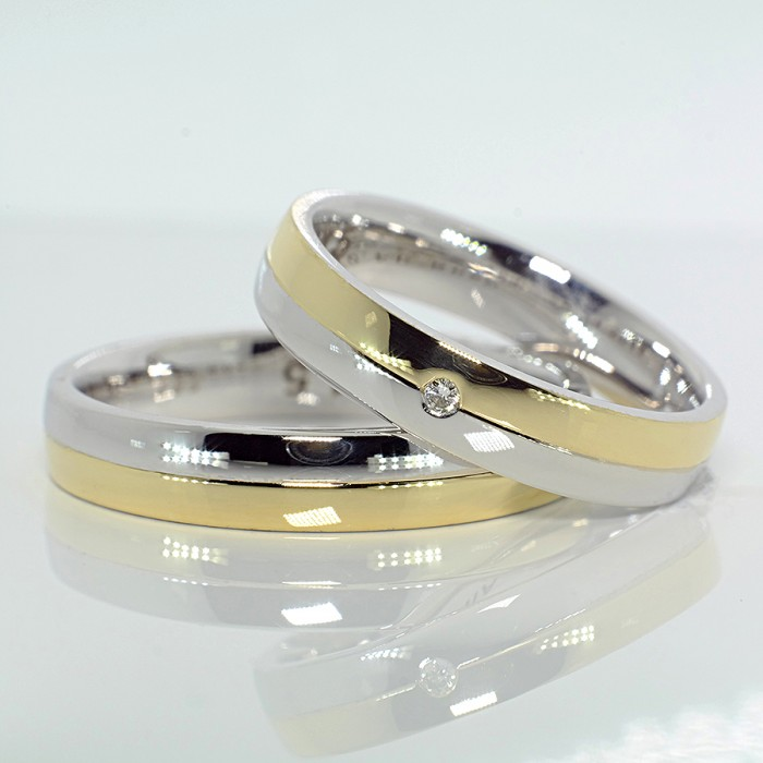 Two Tone Gold Wedding Bands With Diamond V258