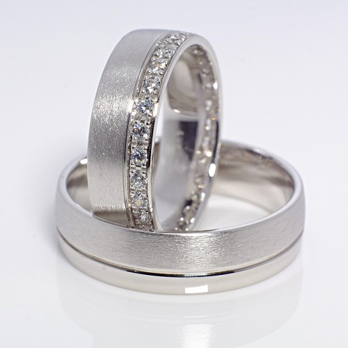 Gold or Platinum wedding rings with Diamonds v104