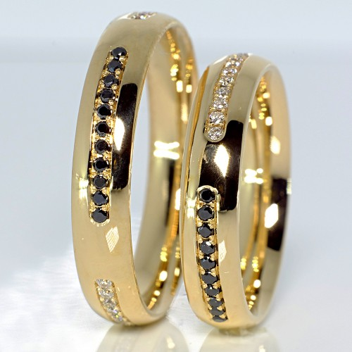 Gold wedding rings with Diamonds v112