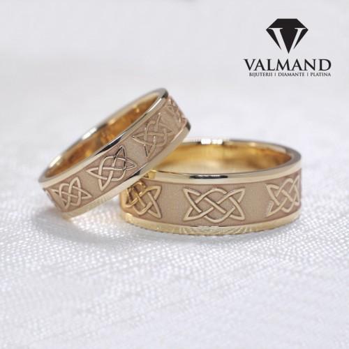 Gold or Platinum wedding bands with celtic knot laser design v1201