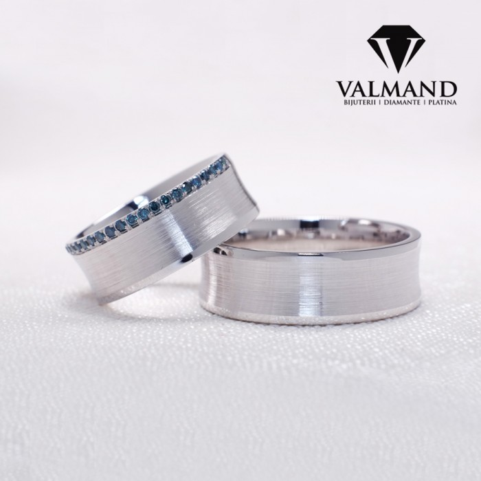 Platinum Wedding Rings.Gold Or Platinum Wedding Rings With Blue Diamonds V170