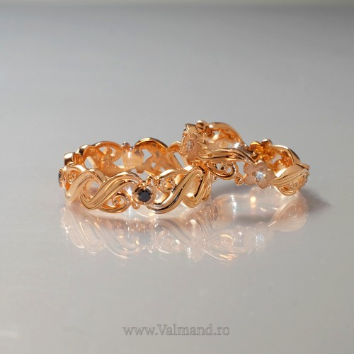 Gold wedding rings with Diamonds v973